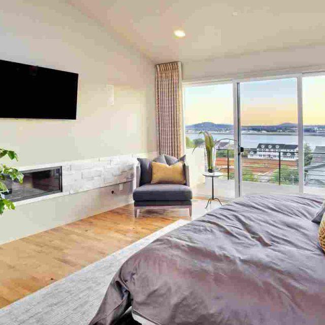 http://www.villaseaparadisecuracao.nl/wp-content/uploads/2016/05/details-gallery-bedroom-3-1-640x640.jpg