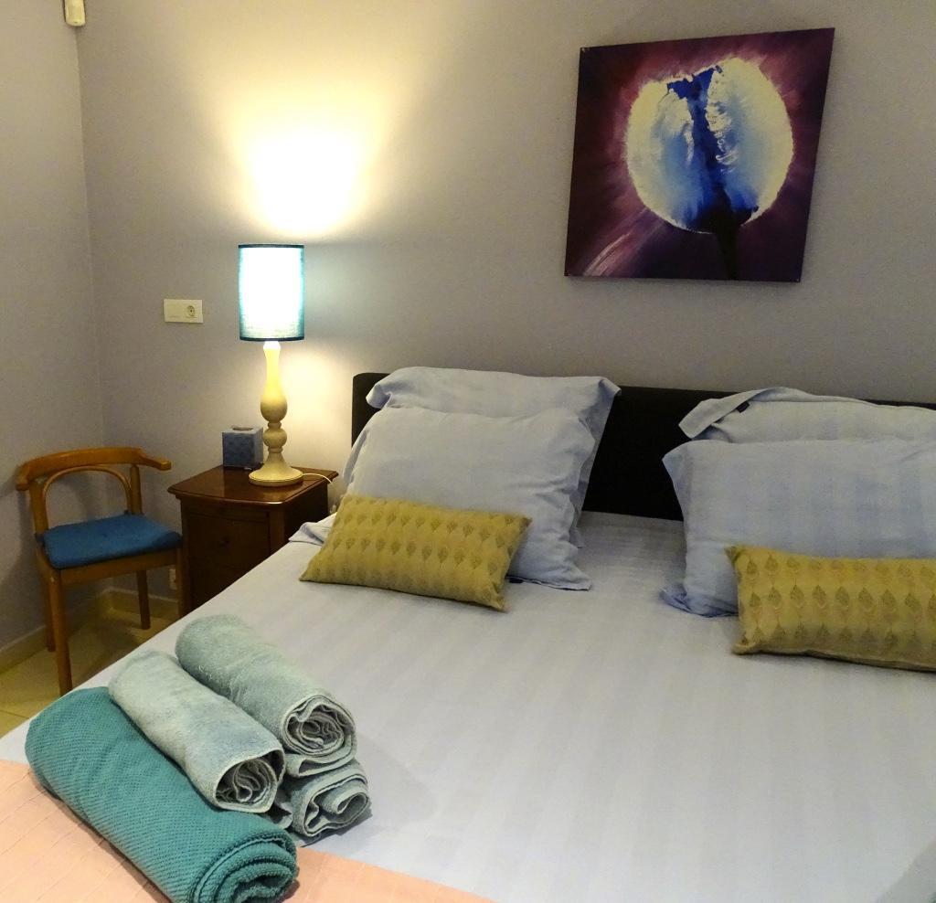 http://www.villaseaparadisecuracao.nl/wp-content/uploads/2019/03/bedroom4.jpg